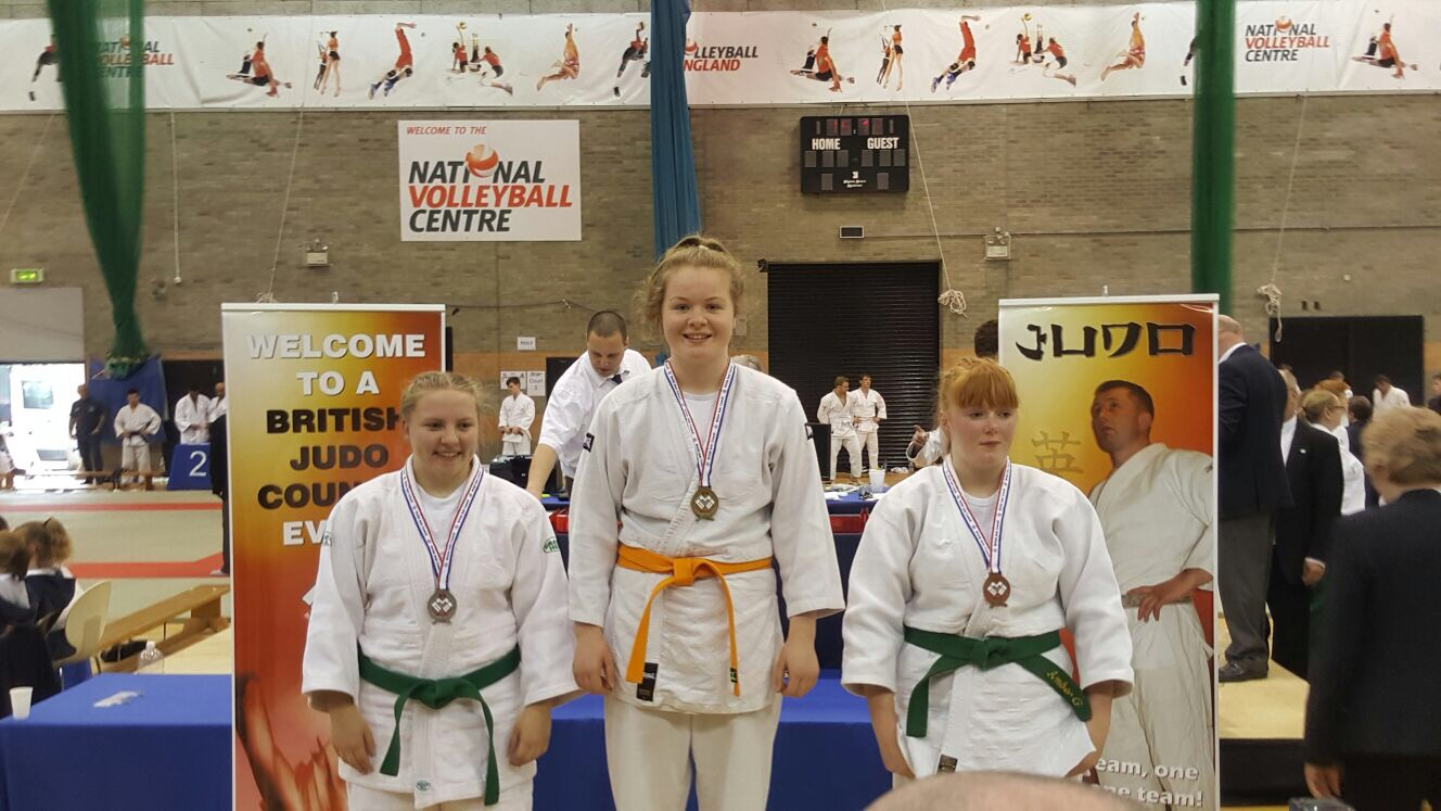 Loughborough College student wins gold to become national judo champion