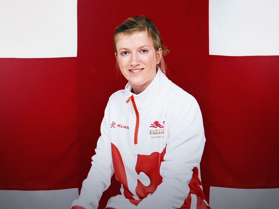 Commonwealth Games 2018: Loughborough College's Sophie Hahn storms to record-breaking victory
