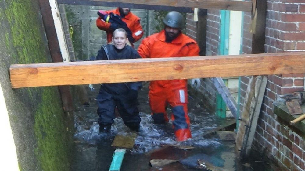 Dramatic rescue training gets Loughborough College students in deep water