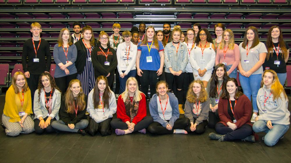 Scholarship student returns to Loughborough College to share drama school tales
